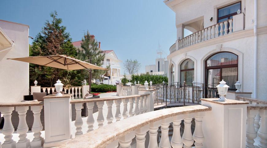 """Изображение отеля """"Villa le Premier"""" #7"""