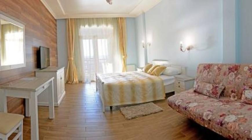 """Изображение отеля """"Marseille Resort"""" #9"""