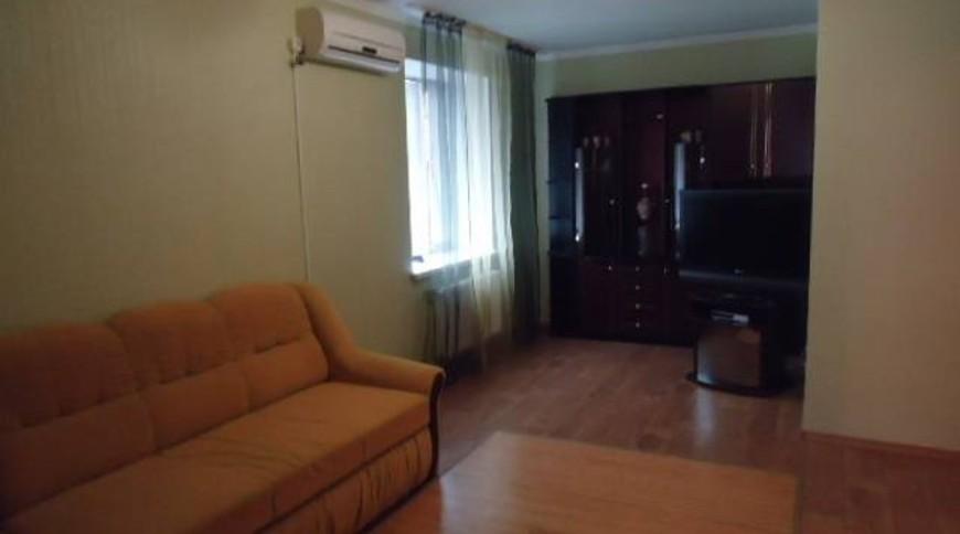"""Изображение квартиры """"2-комнатная квартира со всеми удобствами"""" #6"""