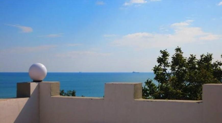 """Изображение частного дома """"Дом 2013 года первая линия от моря"""" #3"""
