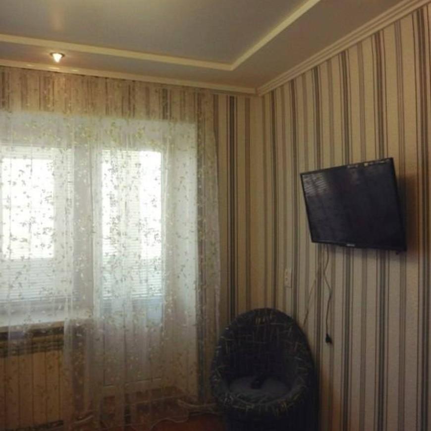 """Изображение квартиры """"Двухкомнатная квартира в центре"""" #1"""