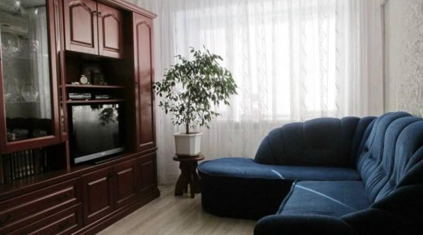 """Изображение квартиры """"Сдаем уютную двухкомнатную квартиру"""" #2"""