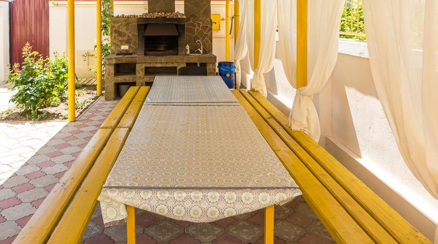 """Изображение гостевого дома """"Сдам Загородный дом на берегу Черного моря, в Затоке"""" #3"""