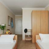 """Изображение отеля """"Кипарис"""" #40"""