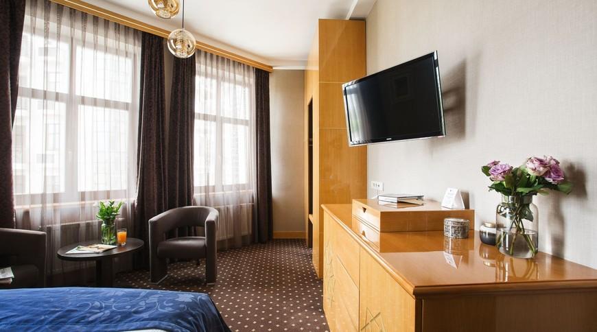 """Изображение гостиницы """"Ark Palace Hotel"""" #2"""