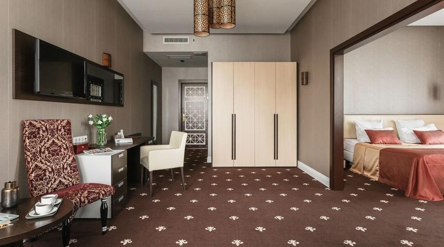 """Изображение гостиницы """"Ark Palace Hotel"""" #5"""