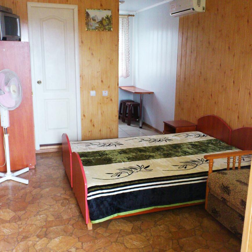 "Изображение мини-отеля ""Zatoka1198"" #11"