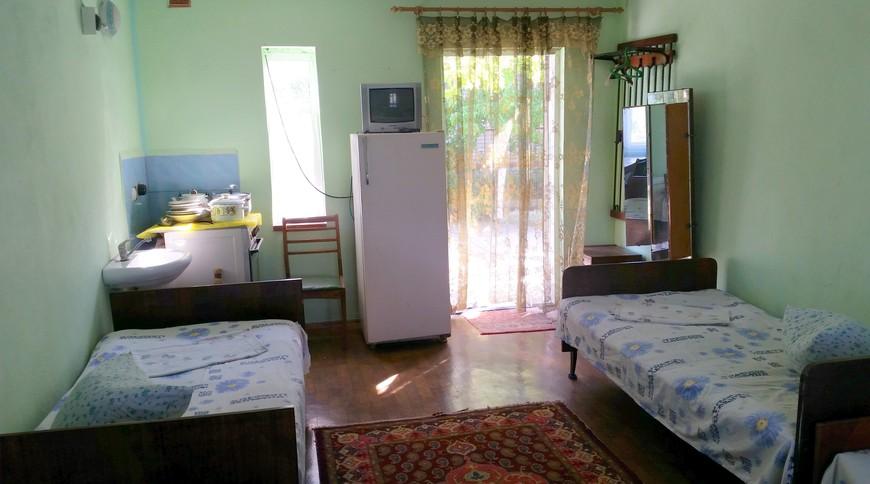 """Изображение мини-отеля """"Лебедь (Мелекино, 2-й спуск), от 40 гривен с человека в сутки"""" #6"""
