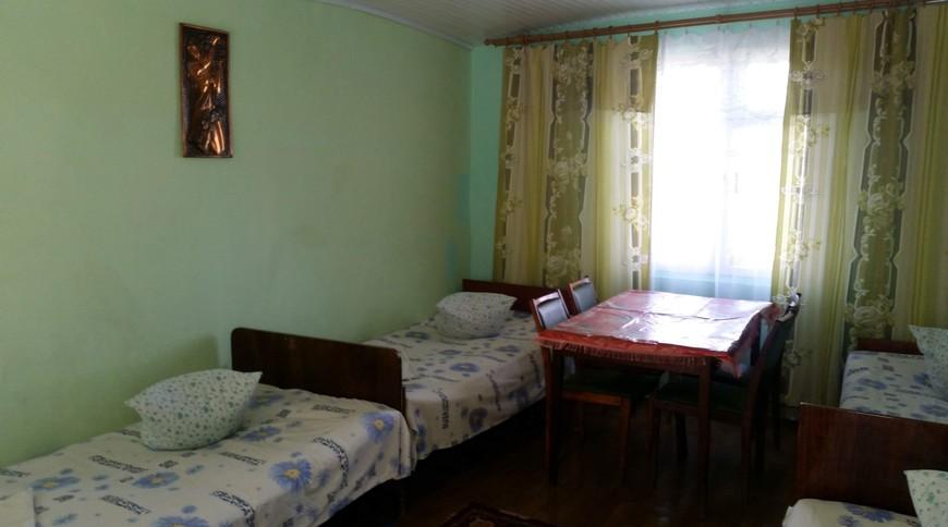 """Изображение мини-отеля """"Лебедь (Мелекино, 2-й спуск), от 40 гривен с человека в сутки"""" #12"""