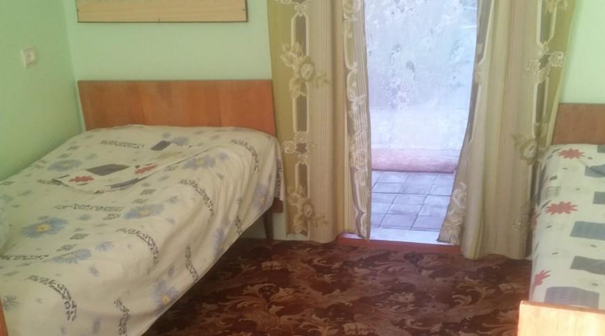 """Изображение мини-отеля """"Лебедь (Мелекино, 2-й спуск), от 40 гривен с человека в сутки"""" #17"""