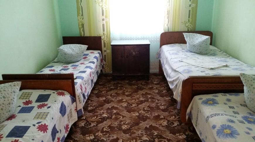 """Изображение мини-отеля """"Лебедь (Мелекино, 2-й спуск), от 40 гривен с человека в сутки"""" #20"""
