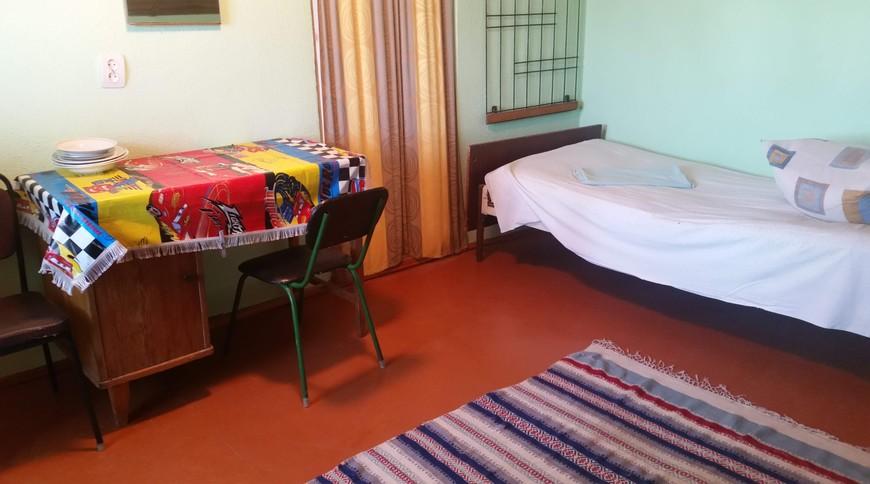 """Изображение мини-отеля """"Лебедь (Мелекино, 2-й спуск), от 40 гривен с человека в сутки"""" #31"""
