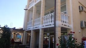 на берегу Черного моря (станция Каролино-Бугаз) отличное место для отдыха
