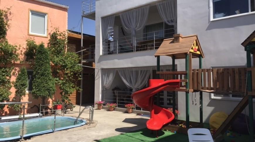 """Изображение гостевого дома """"Villa Victoria"""" #1"""