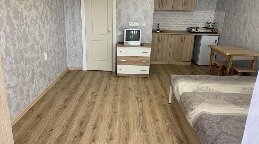 """Изображение міні-готелю """"Номери біля моря Крижанівка, Лузанівка"""" #1"""