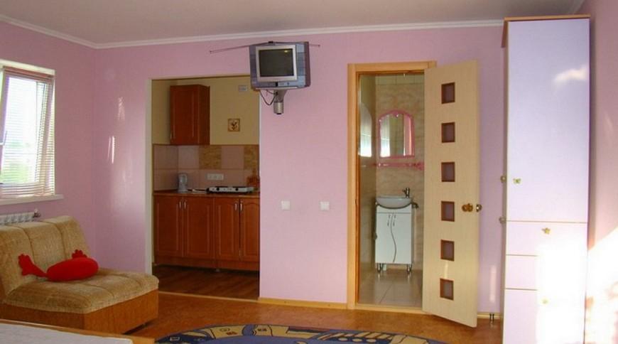 """Изображение гостевого дома """"в Бердянске"""" #1"""
