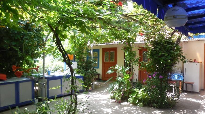 """Изображение частного дома """"в Геническе"""" #1"""