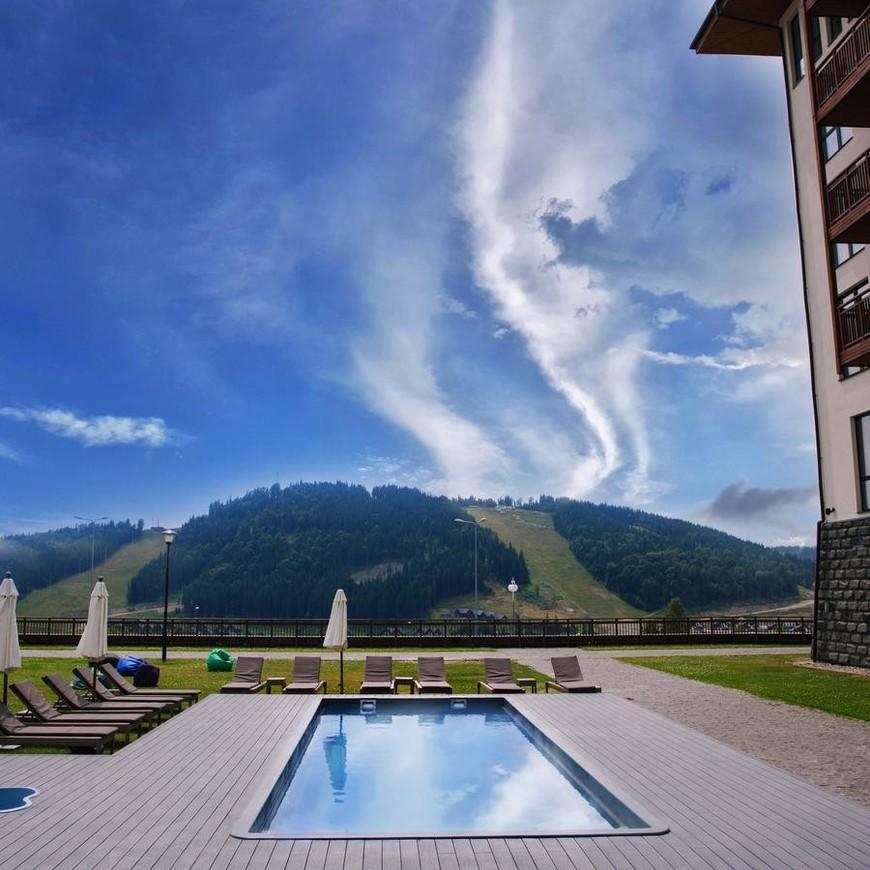 """Изображение отеля """"Radisson Blu Resort Bukovel"""" #4"""