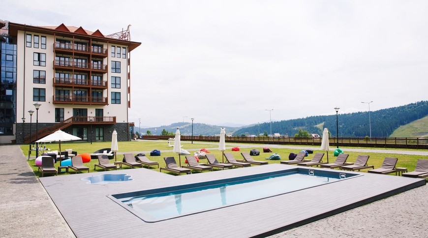 """Изображение отеля """"Radisson Blu Resort Bukovel"""" #2"""