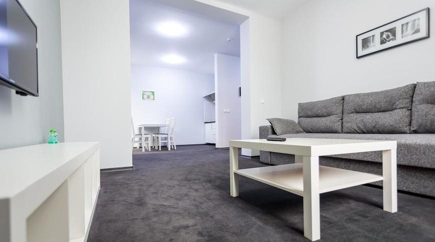 """Изображение апарт-отеля """"Rakhiv Hotel & Apartments"""" #1"""