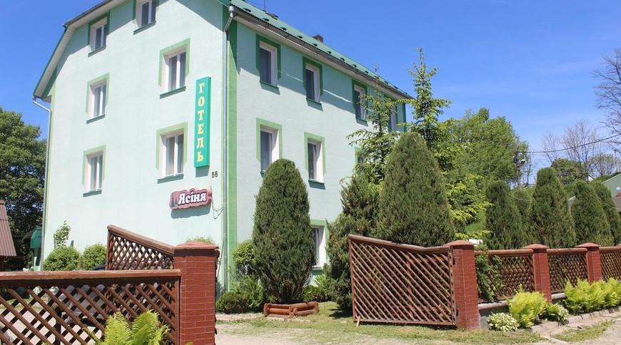 """Изображение отеля """"Hotel Yasinya"""" #1"""