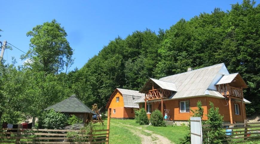 """Изображение отеля """"Cottage v Gorakh"""" #1"""