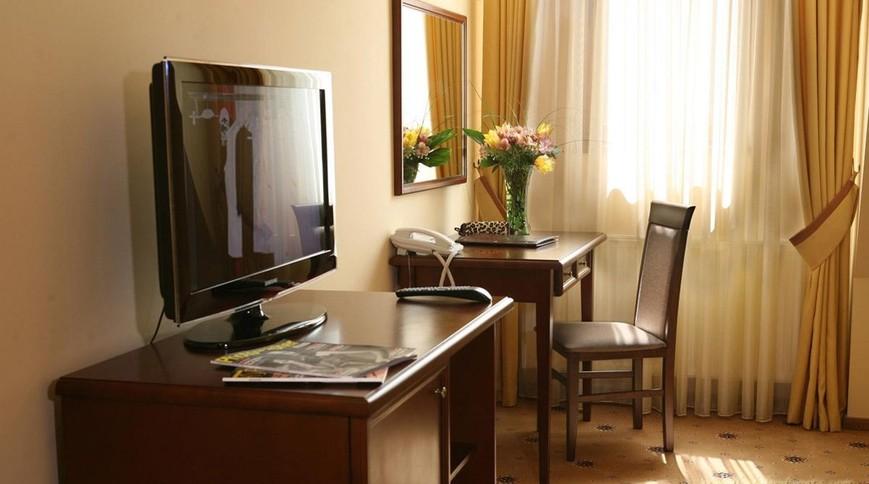 """Изображение отеля """"Пилипец"""" #12"""