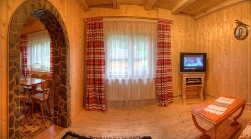 """Изображение частного дома """"Яворницкий"""" #3"""