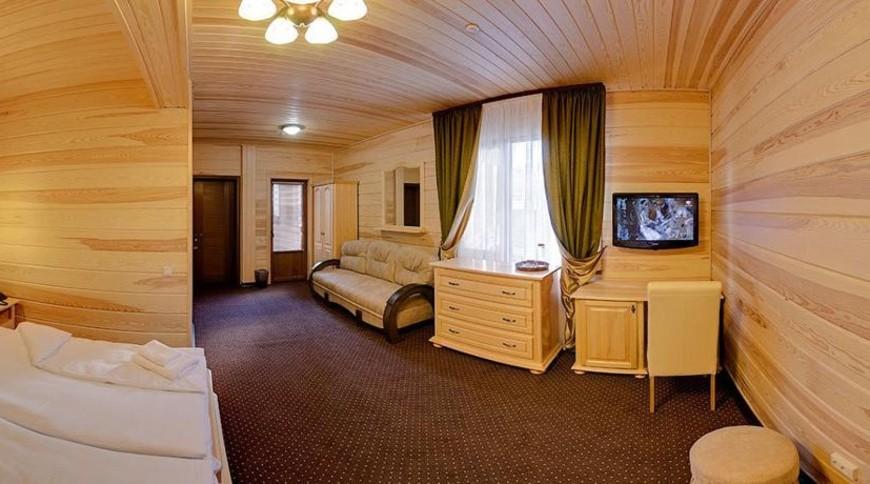 """Изображение отеля """"Форест хаус"""" #5"""