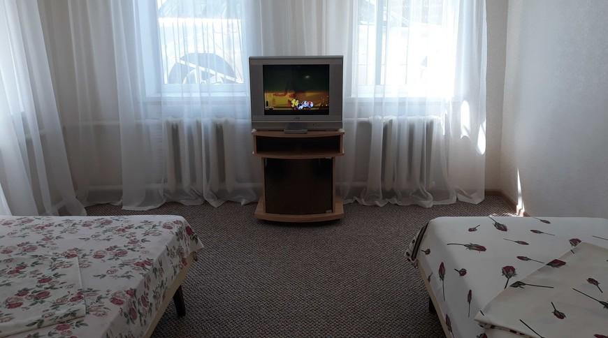 """Изображение частного дома """"Домик в 5 мин. ходьбы от моря"""" #3"""