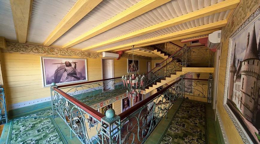 """Изображение отеля """"Richard"""" #1"""