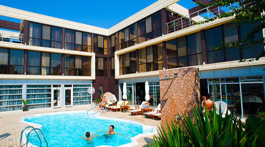 """Изображение отеля """"Bless Resort & Villa"""" #2"""