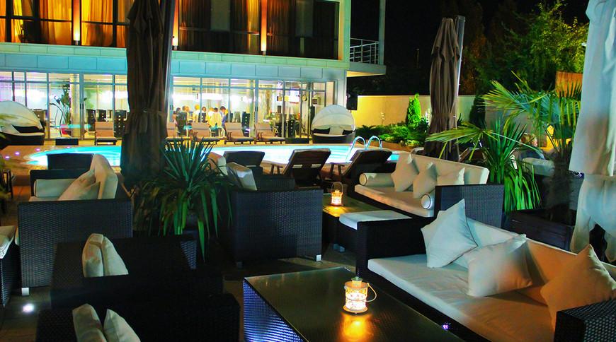 """Изображение отеля """"Bless Resort & Villa"""" #8"""